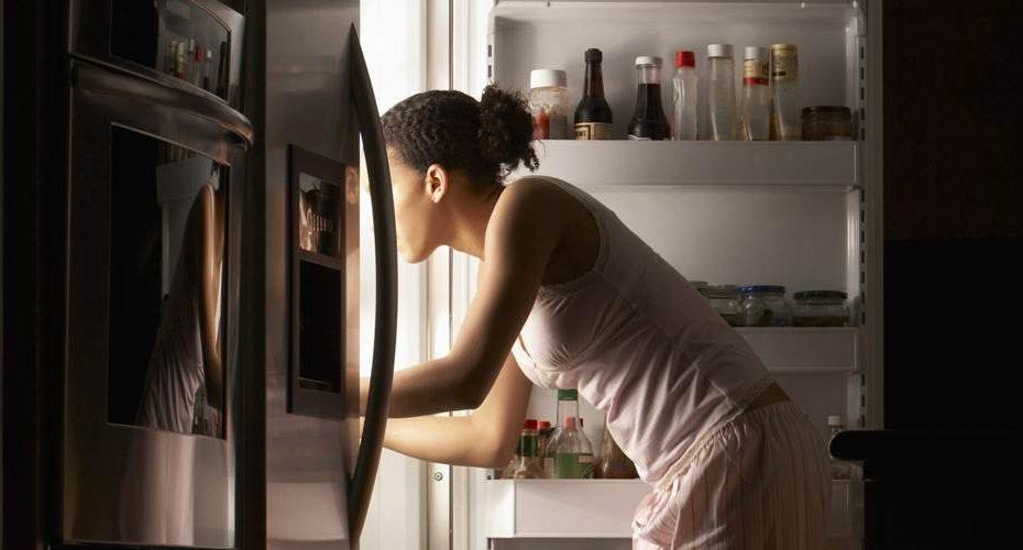 evitar el hambre por la noche
