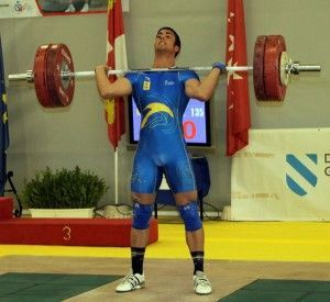 Omar-Sosa-Campeon-Sub-17-halterofilia