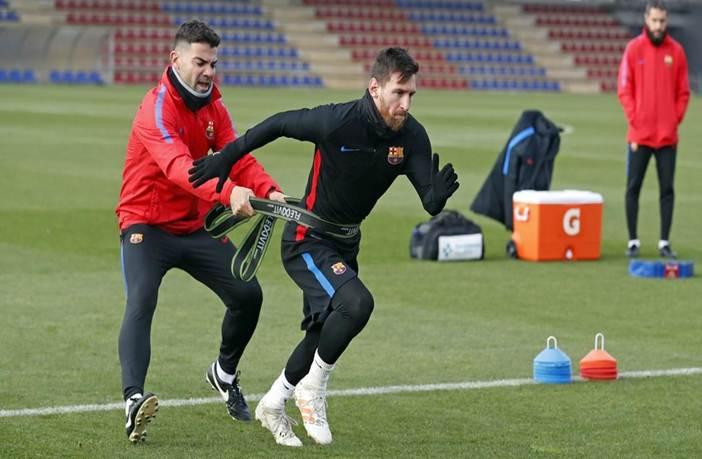 Messi en entrenamiento de fútbol