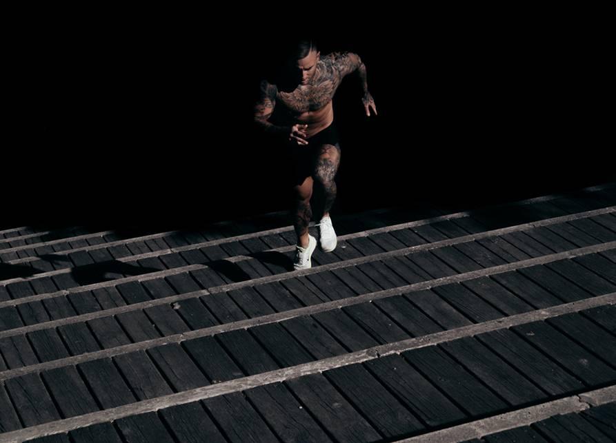entrenamiento de intervalos en escaleras
