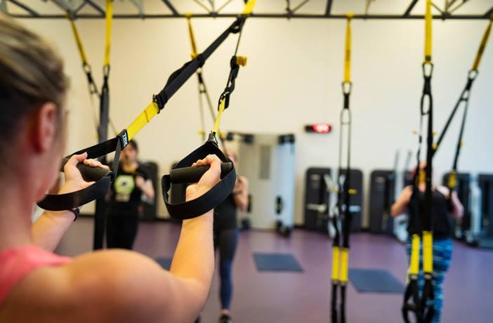 Curl bíceps trx entrenamiento