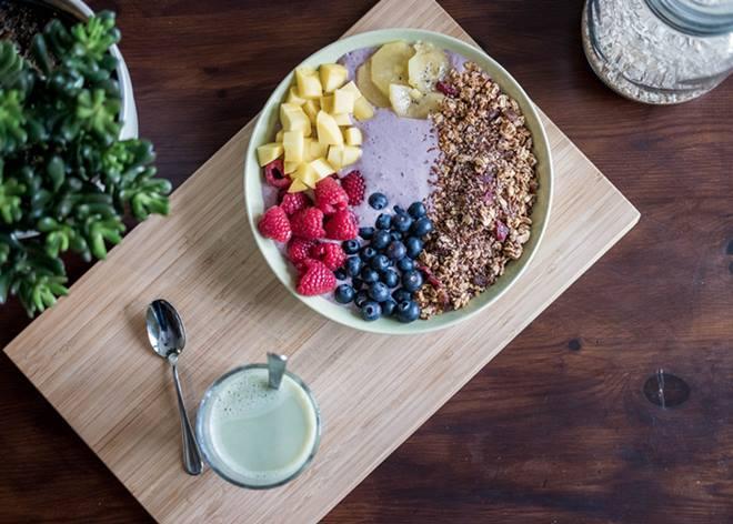 Comida saludable con frutas