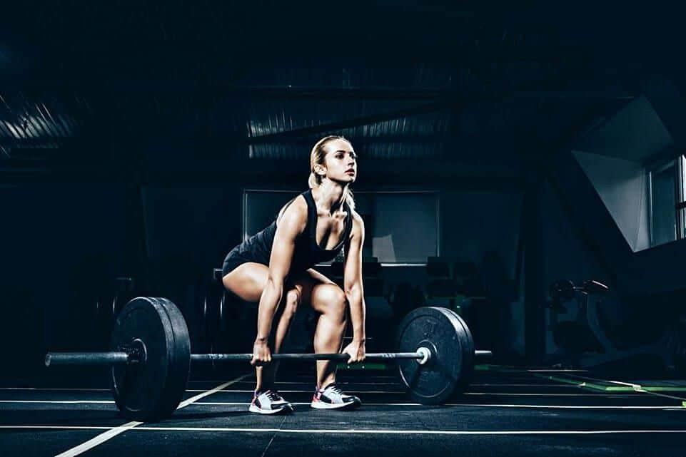 Mujeres y entrenamiento crossfit